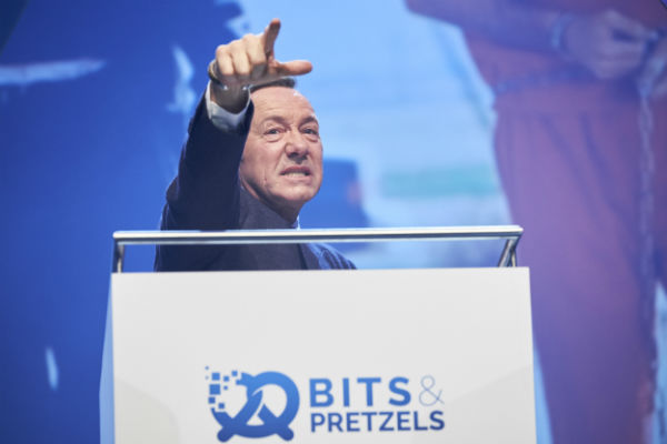 kevin-spacey-bits-and-pretzels-2016
